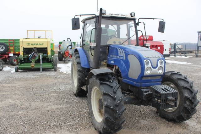 5587] Agriculture tractor FARMTRAC 690 DT | Post-lease equipment